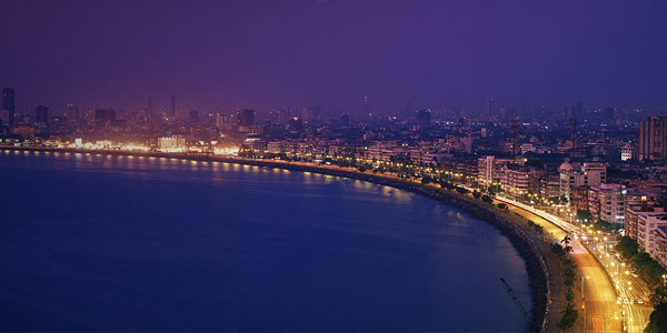 Marine-drive-at-night